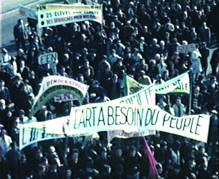 "photogramme extrait du film amateur, ""Mai 68"", Albert Perrot, 1968, Super 8 mm © Normandie Images"